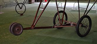 Caproni Ca.1 (1910) - A detail of the landing gear of the Caproni Ca.1.