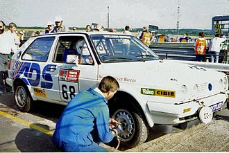 Willhire 24 Hour - Carlos Maidana taking a pitstop in his Volkswagen Golf Mk2, 1988