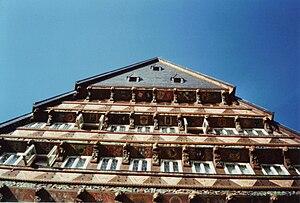 Butchers' Guild Hall, Hildesheim - Details of the façade.