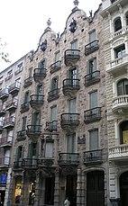 Casa calvet, Barcelona (1898–1900)
