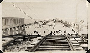 1915 Galveston hurricane - Image: Causeway from arched bridge to mainland