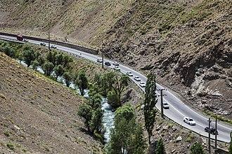 Karaj River - Image: Chalus road ninara 04