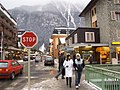 Chamonix street 006.jpg