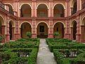 Claustro del Convento de San Francisco (Palma del Río).jpg
