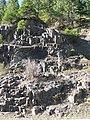 Columnar basalt along North Umpqua river (3022311164).jpg