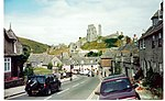 File:Corfe Castle - geograph.org.uk - 733888.jpg