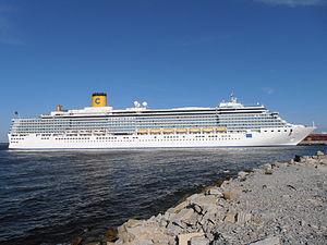 Costa Luminosa Starboard Tallinn 13 August 2012.JPG