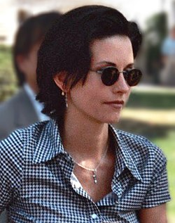 Courteney Cox 1995.jpg