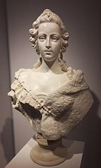 Bust of a court lady by Guillaume Coustou (National Museum in Warsaw)