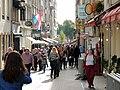 Crowd rue Chimay.jpg