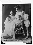 Crown Princess of Germany and her children LCCN2014687842.jpg