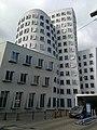 Düsseldorf (39994228012).jpg