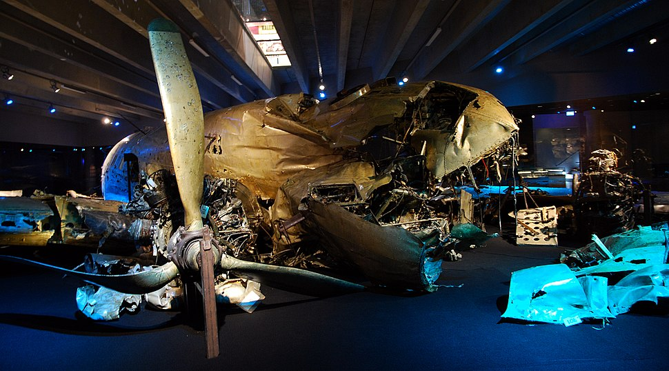 DC-3 wreck at the Swedish Air Force Museum (starboard propeller and front)