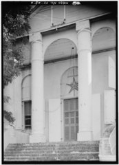 DETAIL OF COLUMNS OF NORTHWEST (FRONT) PORTICO AND OF NORTHWEST ENTRANCE - Moravian Church, King Street vicinity, Christiansted, St. Croix, VI HABS VI,1-CHRIS,52-2.tif