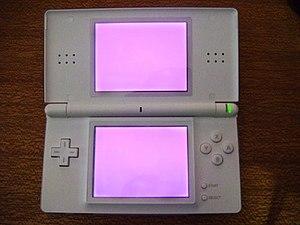 Nintendo DS homebrew - Firmware v5 on DS Lite displays two magenta screens.