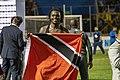 David con su bandera.jpg