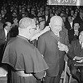 De voormalige voorzitter van het K.V.B. K.A.B., J.A. Middelhuis, afscheid gen…, Bestanddeelnr 916-5679.jpg