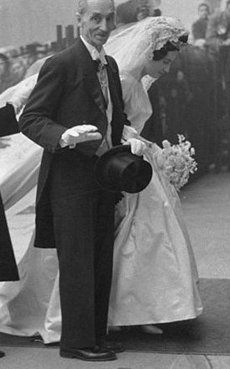 Ignacio Hernando de Larramendi y Montiano - Don Javier at the wedding of his daughter, 1960