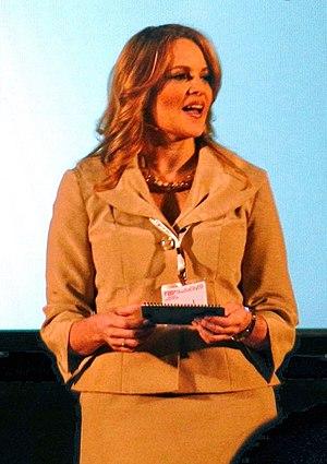 Cheryl Arutt - Arutt giving a TEDx talk in 2012
