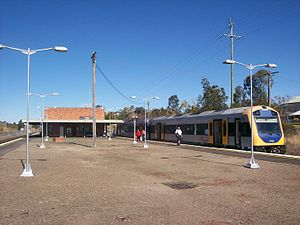 Dungog railway station - Image: Dungog railway station centre of platform