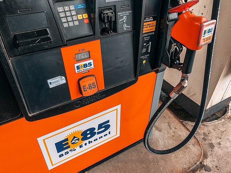 Flex Fuel Gas Stations >> File E 85 85 Ethanol Gas Station Pump For Flex Fuel E85