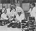 Edward Gierek wizyta w Zakładach im. 22 lipca d. Emil Wedel.jpg