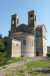 Eglise à Orgnac-l'Aven 3.JPG