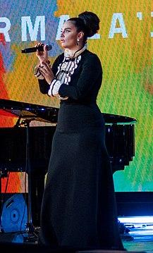 Elena Vaenga at Laima Rendez Vous Jurmala 2017 (cropped).jpg