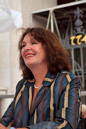 Elisabeth Trissenaar - Elisabeth Trissenaar