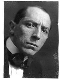 Emilio Sommariva (1883 - 1956) Ritratto del pittore Umberto Boccioni (1914).jpg