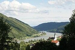 Engelhartszell an der Donau.jpg