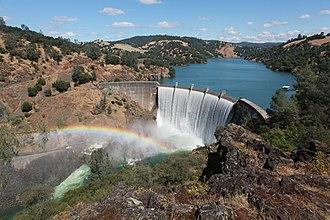 Yuba County, California - Image: Englebright Lake (6218415454)