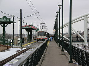 Englewood station - A 'D-Line' train at Englewood station