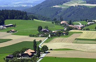 Englisberg - Englisberg, aerial view with Gurten mountain in the background