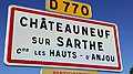 Entree bourg chateauneuf sarthe.jpg