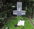 Ernst Schwering -grave.jpg