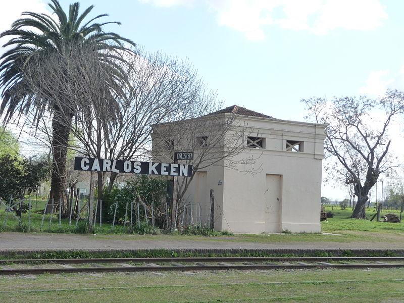 File:Estacion Carlos Keen y granero 08.JPG