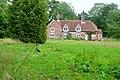 Estate workers' houses - geograph.org.uk - 1534235.jpg
