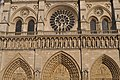 Façade ouvragée de Notre-Dame de Paris.JPG