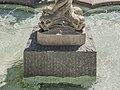 Feldkirchen Hauptplatz Nymphenbrunnen Sockel der Brunnenfigur 28062016 2978.jpg