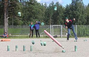 Finnish skittles - The Finnish Champion in men's individual game in 2007, Mika Peiponen (Nurmes Skittles Club), playing in Finnish Championships in Äänekoski, 2003.