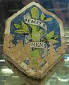 Firenze, bottega robbiana, mattonella con broncone e moto mediceo, 1450-1500.JPG