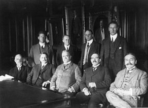 Serbian Americans - First meeting of the NACA in 1915 (Mihajlo Pupin seated first from right)