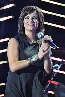 Flickr Martina McBride performing in 2010 2.jpg