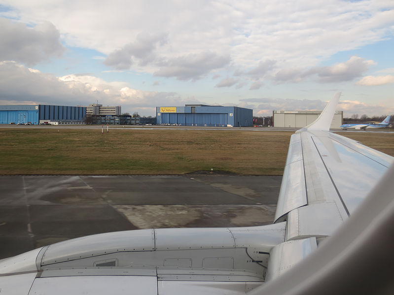 Flug Hannover Neapel