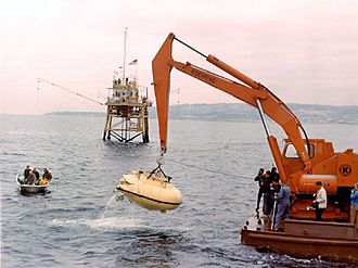 Jacques Cousteau - Cousteau's Diving Saucer