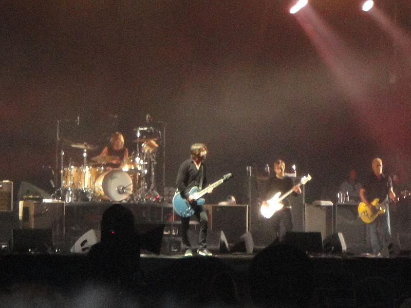 File:Foo Fighters performing at Isle of Wight Festival 2011 3.JPG