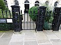 Forecourt railings to 1-8 St Andrew's Place, London 2.jpg