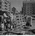 Fotothek df ps 0000294 Malerbrigade mit Arbeitsgeräten auf einer Wohnungsbaustel.jpg