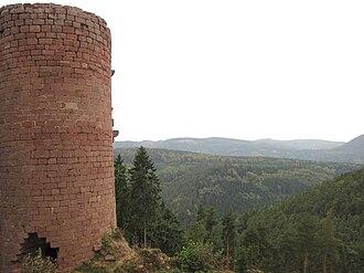 Château de Dreistein - Image: France Western Dreistein castle keep 1